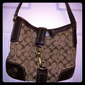 Coach monogram med. size purse great condition